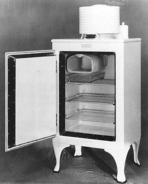 Немного из истории холодильников