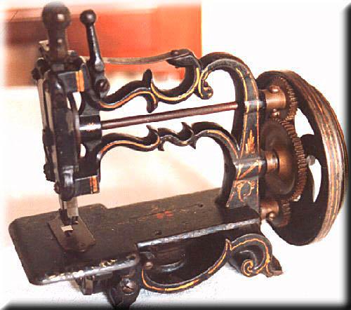 Создателем современной швейной