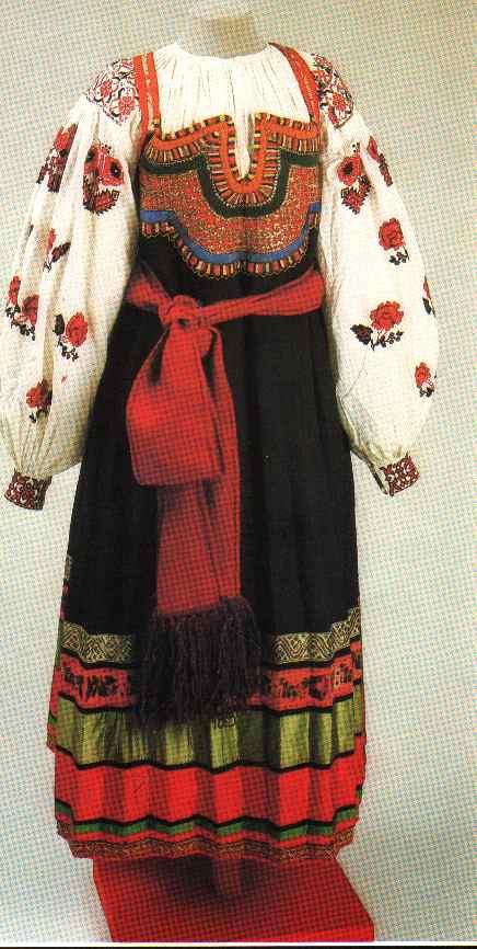 Сарафан - народная русская женская одежда. br / Типы сарафанов: br / *глухой...